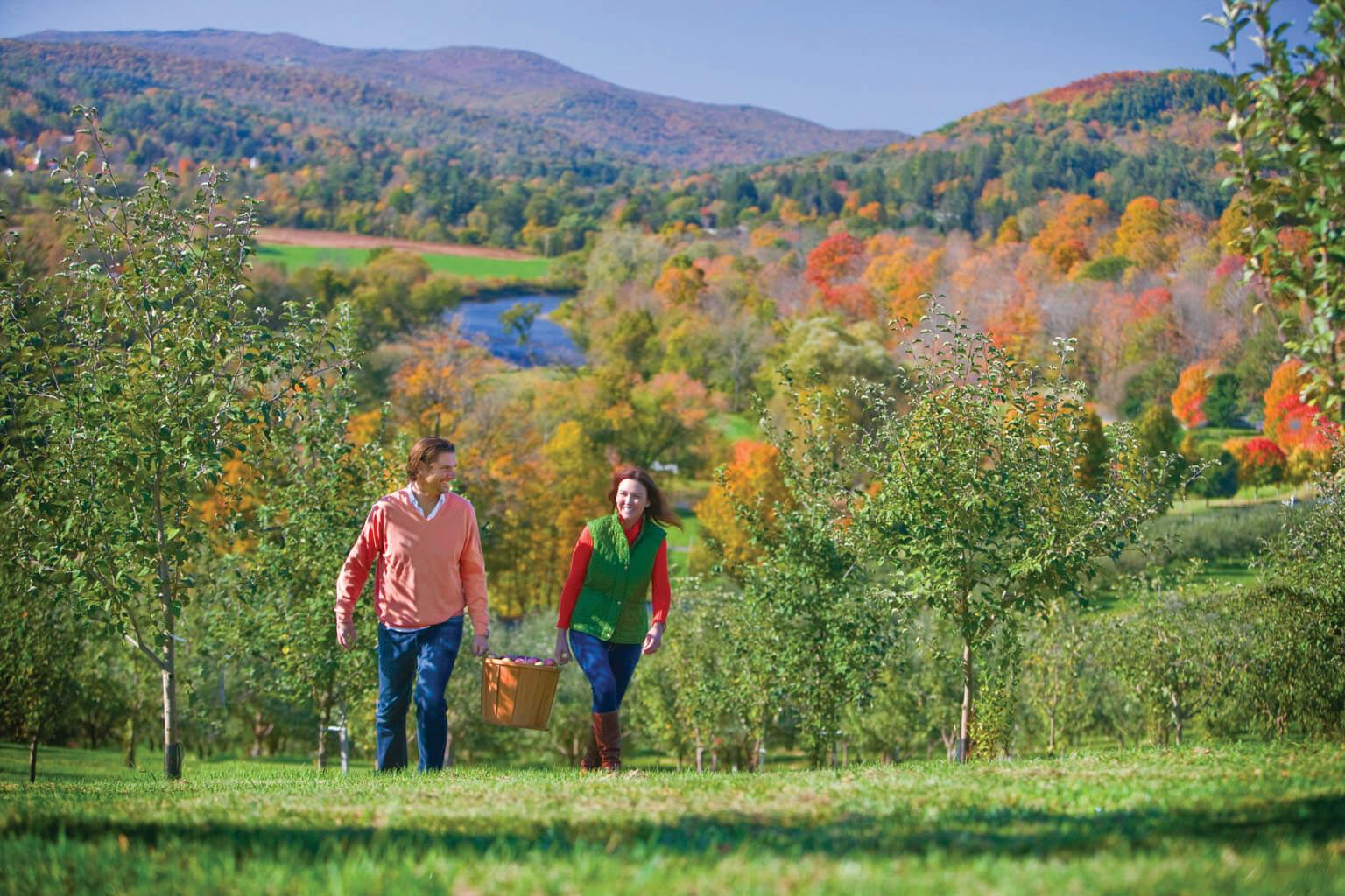 Fall Foliage In Woodstock Vermont The Woodstock Inn And